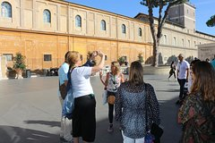 Early Bird Private Vatican Tour with Hotel Pick-Up