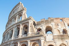Colosseum Express Tour with Skip-the-line Ticket to Roman Forum & Caesa