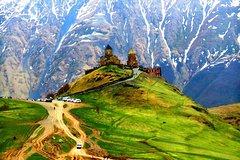 Anananuri gudauri Kazbegi tour