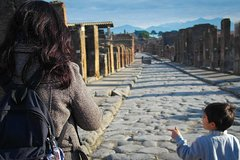 Pompeii Private Tour for Families from Sorrento