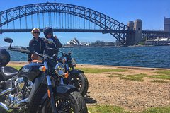Imagen Cruise The Sydney Coastline 2-Hour Motorcycle Tour