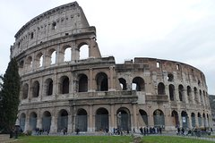 Private Colosseum tour with an archeologist
