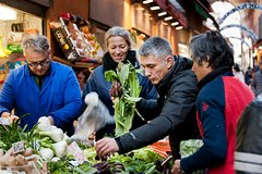 Market Tour, Wine and Food Tastings and hands-on Cooking Class in Bologna