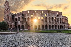Imagen Early Morning Skip-the-Line Official Tour of the Colosseum
