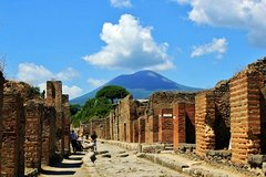 Pompeii by Train - Entrance Fee Included
