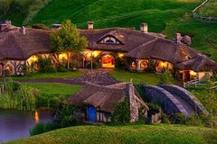 Imagen 3-Day Hobbiton and Waitomo Tour from Auckland with Accommodation