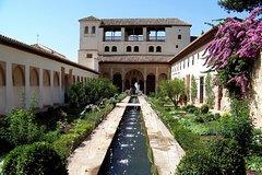 Excursión de 2 días Granada desde Sevilla. Evite las colas para el Palacio de la Alhambra y Baños Árabes