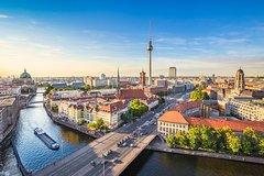 Imagen Excursión por la costa: Lo mejor de Berlín desde el puerto de Warnemünde