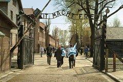 Ver la ciudad,City tours,Salir de la ciudad,Excursions,Tours temáticos,Theme tours,Tours históricos y culturales,Historical & Cultural tours,Excursiones de un día,Full-day excursions,Campo de concentración de Auschwitz,Auschwitz Birkenau Museum and Memorial ,Visita a Auschwitz