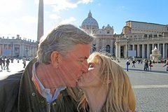 Private Vatican Guided Tour with Skip-the-Line Ticket St Peter & Sistin