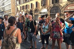 Florence: Walking tour with Italian Breakfast in the oldest café in Floren