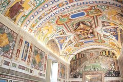 Vatican Tour with Michelangelo's Sistine Chapel St Peter Basilica & Fast-Access