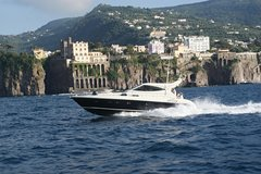 Cruise to Capri from Sorrento - yacht 50´