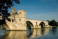 Private transfer from Avignon to Marseille Airport Private Car Transfers