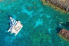 Keauhou Hawaii Deluxe Sail & Snorkel Captain Cook Monument at Kealakekua Bay 72709P1