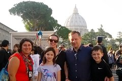 Vatican and Sistine Chapel Treasure Hunt in Rome for Kids w Skip-the-line A