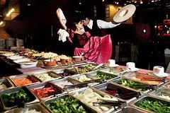 Imagen 3-Hour Dinner Show and Barranco District Tour