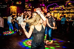 Imagen Let's Dance, Explore the Salsa Scene
