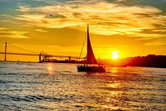 Imagen Lisbon Sunset Sailing ticket tour