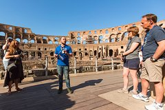 Colosseum Express Tour with Gladiators Privileged Entrance and Arena Floor