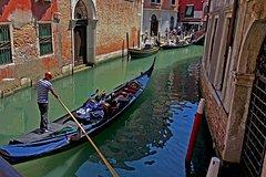 Private Grand Canal Gondola Serenade