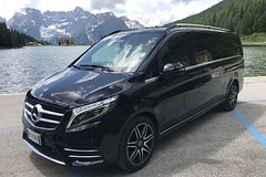 Arrival Private Transfer Venice Airport VCE to Piazzale Roma by Luxury Van