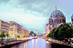 Imagen Berlin Like a Local: Customized Private Tour