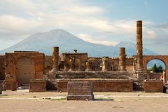 Private Guided Tour from Rome to Pompeii