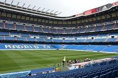 Imagen Skip-The-Line Santiago Bernabéu Tour and Touristic Bus with Tapas