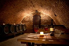 Make Your Own Wine with an Italian Winemaker