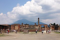 Transfer from Amalfi Coast to Rome with stop at Pompeii or Vice Versa