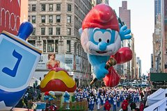 Macy's Thanksgiving Day Parade Viewing Brunch at Toast Cafe