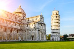Excursion to Pisa: Escorted Round Trip by bus through the Tuscan countrysid