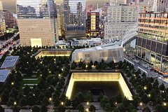 Imagen  Private 9/11 Memorial and Ground Zero Walking Tour with Optional One World Observatory