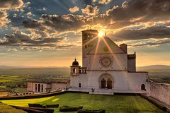 Assisi Perugia and Wine Tasting Fullday from Rome