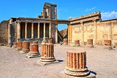 Private daily car tour of Pompeii, Herculaneum and Vesuvius