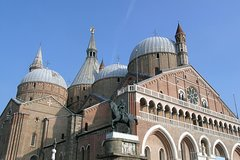 Private Padua Highlights Tour including Scrovegni Chapel and St Antonio Basilic