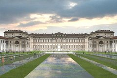 Monza F1 racetrack, the Royal Palace, private guided tour
