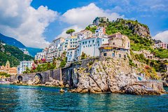 Transfer by private car from Sorrento to Amalfi or from Amalfi to Sorrento