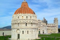 Pisa and Lucca Semi-Independent Full Day Tour by Bus from Florence