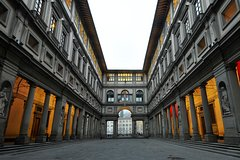 Early Access to the Uffizi Gallery Small Group Guided Tour