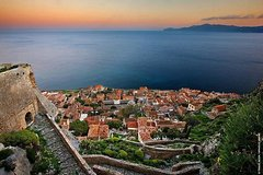 6 Day Classical Tour Greece to explore Mythical paths and castles of Peloponnese