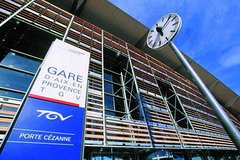 Aix-en-Provence TGV station transfer from or to Aix-en-Provence city