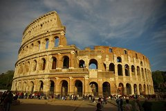 Civitavecchia to Rome Transfer with 2 Hour Scenic Rome Tour in Mercedes Veh