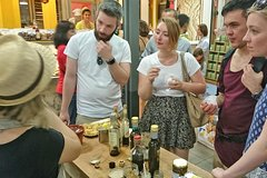 Local Food Tour in Florence Farmers Fresh Market with Sightseeing & Win