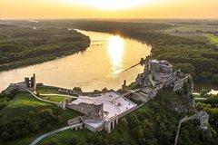 PRIVATE GRAND CITY TOUR IN BRATISLAVA with Devin Castle