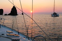HOLIDAYS IN A SAILING BOAT AT THE AEOLIAN ISLANDS - FELICUR