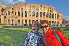 Kid Friendly Guided Tour of Rome Colosseum & Forums with Skip-the-line
