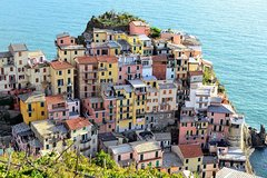 Imagen Day Trip From Milan to Cinque Terre and Portovenere with Guide