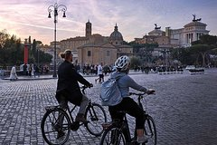 E-Bike Rome By Night Small Group Tour